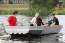 Angelboot aus Alu PonTOM® Defender 5.60 mit breitem Bug