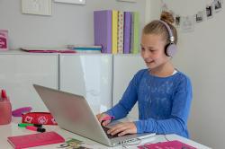Studienkreis unterstützt Schülerinnen und Schüler mit kostenfreien Online-Kursen