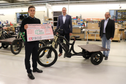 APROS spendet 2.250 Euro für XCYC Inklusionsprojekt- Fahrrad Innovationen und…